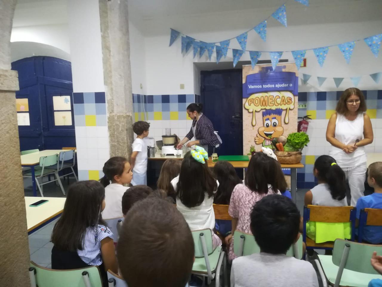"""Workshop """"snack vegetariano ao meio da manhã"""" na Escola nº 72"""